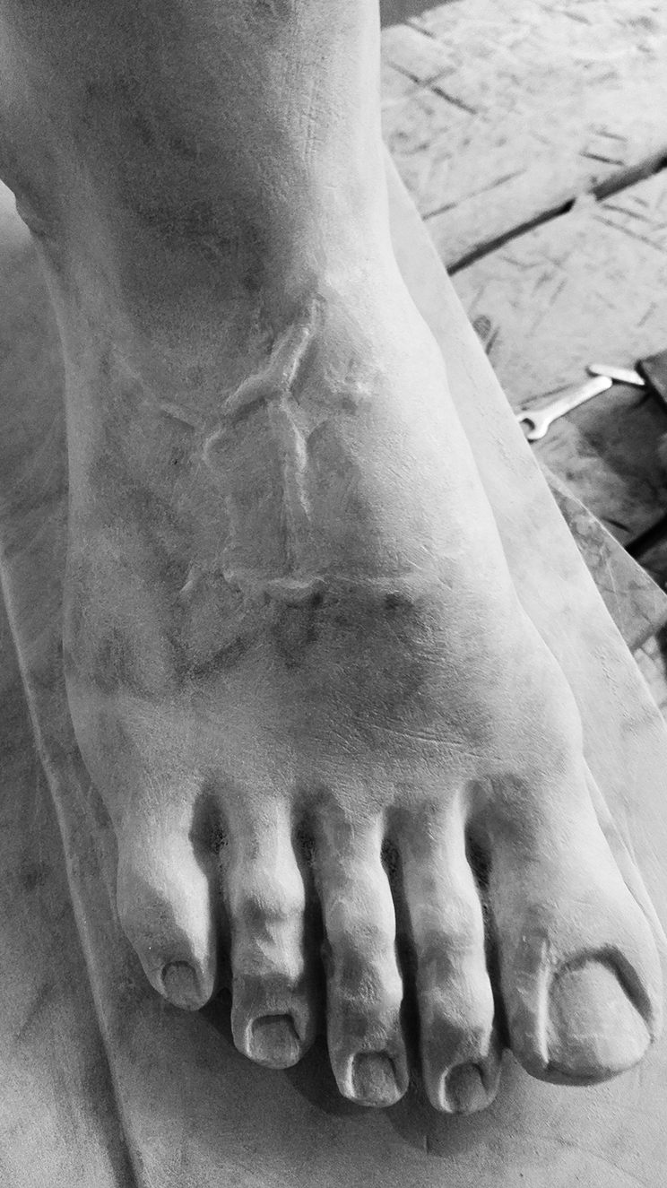 Piede_ marmo bianco di carrara 2017